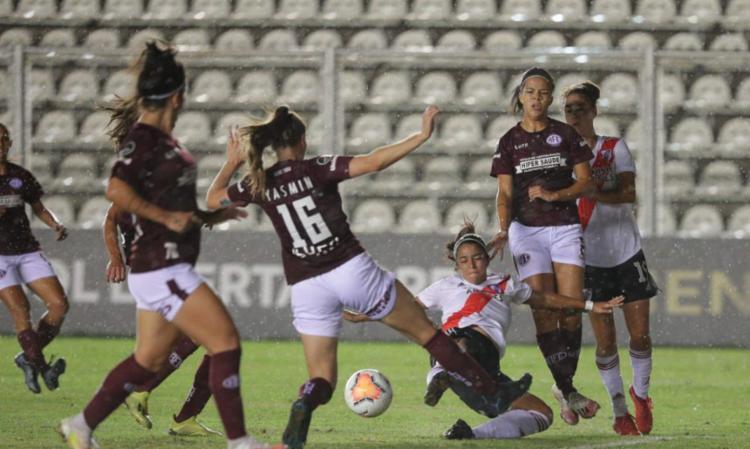 Terceiro gol de Ana Alice no torneio garante 1 a 0 sobre River Plate   Foto: Divulgação   Conmebol - Foto: Divulgação   Conmebol
