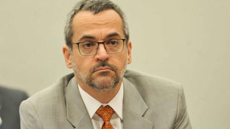 Eles se queixam de que o ex-ministro da Educação pratica o compartilhamento de desinformação sobre a pandemia de Covid-19 I Foto: Agência Brasil - Foto: Agência Brasil
