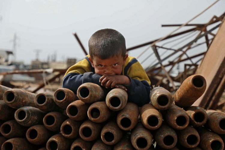 Mais de 22.000 crianças morreram desde o início do conflito em 2011 - Foto: Aaref Watad | AFP