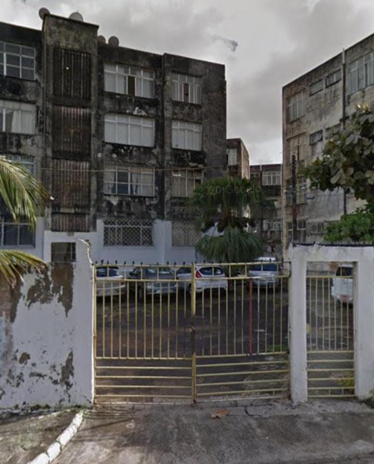 Homem foi encontrado no Conjunto Tertuliano Soares de Góes | Foto: Reprodução | Google Street View - Foto: Reprodução | Google Street View