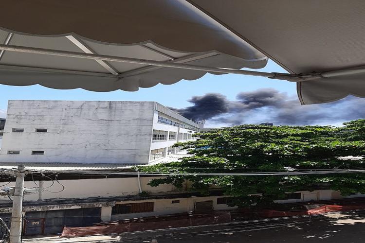 Incêndio atingiu clínica de saúde mental e não houve feridos - Foto: Cidadão Repórter