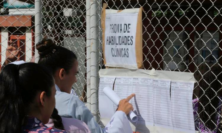 O exame revalida diplomas médicos obtidos no exterior | Foto: Fabio Rodrigues Pozzebom | Agência Brasil - Foto: Fabio Rodrigues Pozzebom | Agência Brasil