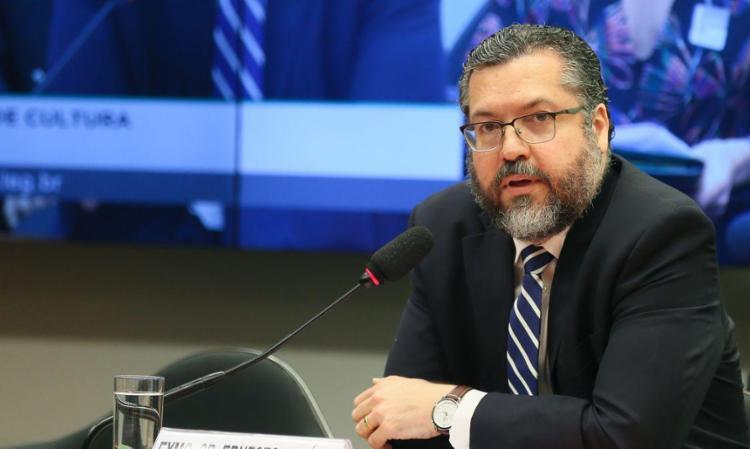Ernesto Araújo diz que não havia um documento único sobre atuação internacional em questões da pandemia   Foto: Agência Brasil - Foto: Agência Brasil