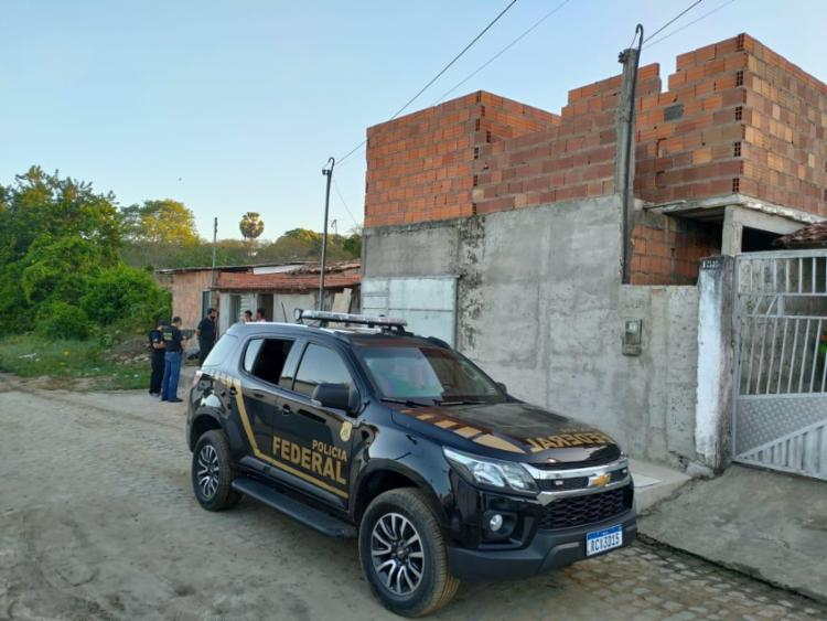 Na Bahia, além de dois mandados busca, a Polícia Federal cumpre também três mandados de prisão preventiva no município de São Gonçalo dos Campos. - Foto: DIvulgação