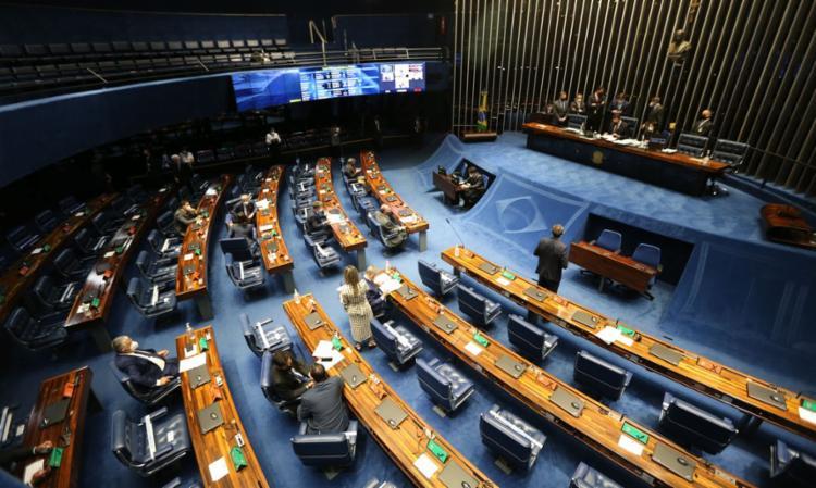 Com 62 votos favoráveis e 14 contrários, Senado aprovou, em segundo turno, a PEC emergencial, que vai permitir uma nova rodada do auxílio emergencial - Foto: Agência Brasil   Divulgação