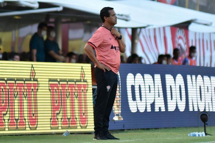 Rodrigo sabe que há um longo caminho a ser percorrido até encaixar o time que deseja | Foto: Pietro Carpi | ECVitória - Foto: Pietro Carpi | ECVitória