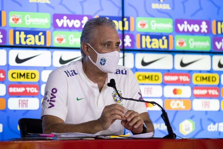 Técnico também fala, em entrevista à Fifa, da mudança de Neymar | fOTO: Lucas Figueiredo | CBF - Foto: Lucas Figueiredo | CBF