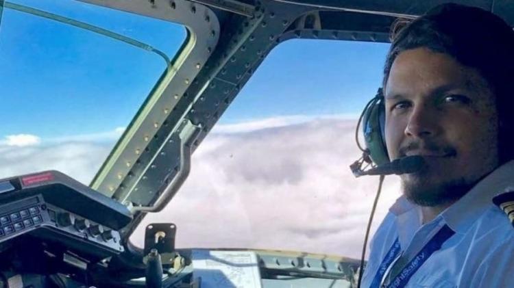 O piloto Antônio Sena foi localizado e resgatado com vida em uma área da mata no estado do Pará   Foto: Reprodução - Foto: Reprodução