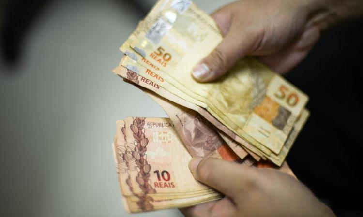 Taxa méda caiu 6 pontos percentuais em 12 meses e chegou a 28,1% | Foto: Marcello Casal Jr | Agência Brasil - Foto: Marcello Casal Jr | Agência Brasil