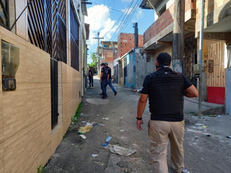 Cerca de 80 policiais participam da ação - Foto: Divulgação | Polícia Civil