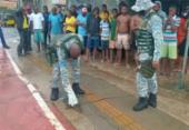 Jacaré de 1 metro é resgatado no Bairro da Paz | Foto: Divulgação | Guarda Civil Municipal