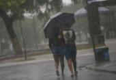 Salvador amanhece com chuva e casos de deslizamentos de terra | Foto: Raphael Müller | Ag. A TARDE