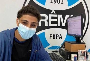 Aos 14 anos, filho de Adriano Imperador assina contrato com Grêmio | Reprodução | Instagram