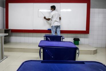 E a volta às aulas vai acontecer mesmo segunda? Há controvérsias | Felipe Iruatã | Ag. A TARDE | 19.2.2021