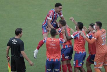 Confira fotos do jogo do Bahia contra o CBR |
