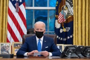Governo Biden abre investigação para avaliar uso da força pela polícia de Mineápolis | Saul Loeb | AFP