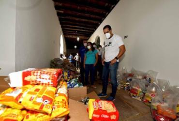 Drive Thru Solidário arrecada alimentos para pessoas em situação de extrema pobreza |