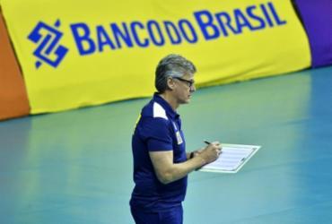 De Covid, técnico da seleção brasileira masculina de vôlei, Renan Dal Zotto, é intubado | Marcos Ribolli I CBV