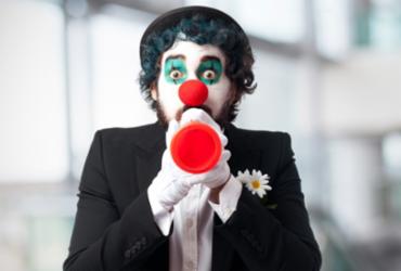 Projeto realiza curso de palhaçaria e espetáculo circense  