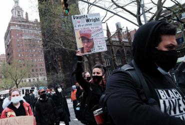 NBA suspende jogo entre Minnesota e Brooklyn após morte de jovem negro por policial |