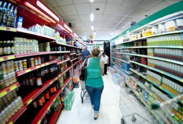Dieese: custo da cesta básica cai em 12 capitais em março | EBC