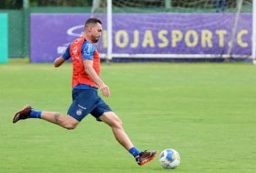 Debaixo de chuva, Bahia conclui treinamento para enfrentar o ABC |