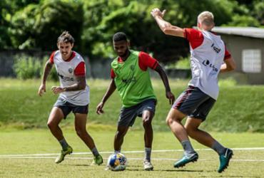 Com treino de penalidades, Vitória encerra preparação para encarar Ceará | Pietro Carpi | E.C.Vitória