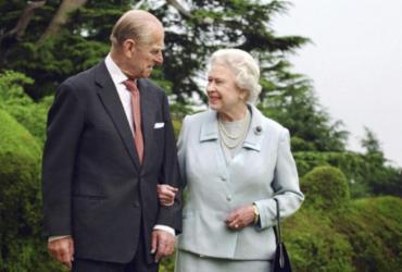 Elizabeth sente 'grande vazio' após a morte do príncipe Philip, diz filho da rainha |