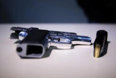 Investigado por violência doméstica é preso com arma em Juazeiro
