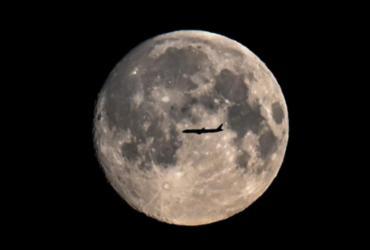 Cientistas apresentam iniciativas em busca da conquista lunar | AFP