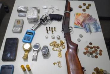 Suspeito de tráfico acaba morto em tiroteio com a polícia em Itaberaba  