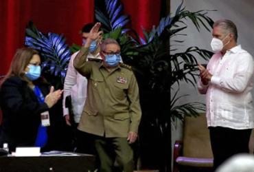 Raúl Castro preside seu último congresso do Partido Comunista Cubano | CUBADEBATE.CU I AFP