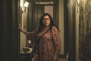 Regina Casé revela que ficou com objetos de Lurdes em 'Amor de Mãe' | Divulgação | Globo