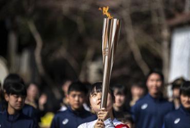 Primeiro caso de covid-19 no revezamento da tocha olimpica no Japão |