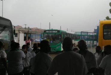Com reajuste de 2,46%, rodoviários fecham acordo e Salvador não terá greve de ônibus | Cidadão Repórter A TARDE