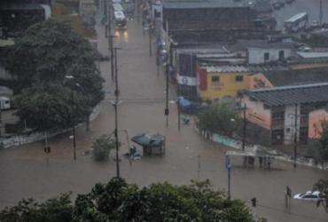 Mais de 100 pessoas estão desalojadas em Salvador por causa da chuva | Felipe Iruatã | Ag. A TARDE