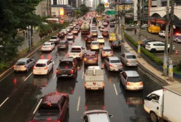 Chuva deixa trânsito congestionado em diversos pontos da capital | Nelson Luis | Ag. A TARDE