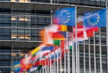 UE fecha acordo climático com metas mais duras para reduzir emissões até 2030 | Sebastien Bozon | AFP