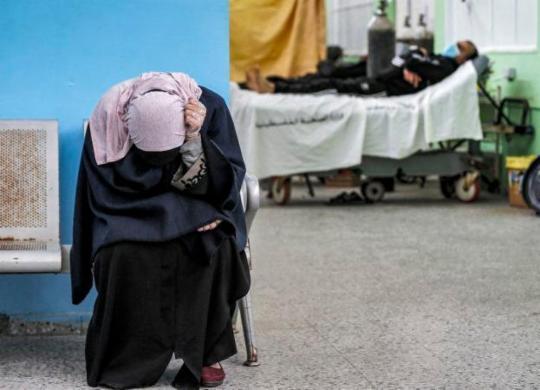 Mortes por Covid-19 chegam a quase 3 milhões no mundo | Mahmud Hams | AFP