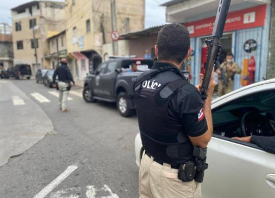 Ex-policial e mais três são presos em operação no bairro da Boca do Rio | Tony Silva I Polícia Civil