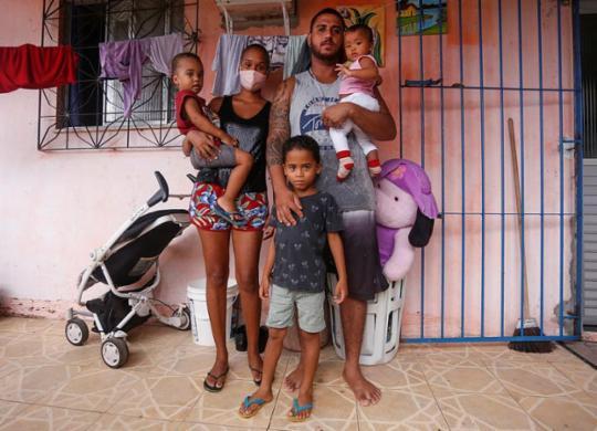 Ações solidárias combatem fome na pandemia | Olga Leiria | Ag. A TARDE