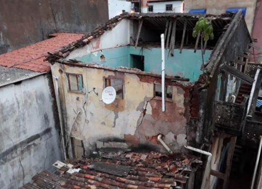 Parte de casarão desaba no bairro do Tororó; Defesa Civil vistoria estrutura | Divulgação | Codesal