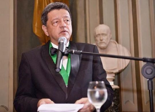 'A Covid-19 é uma doença sistêmica', afirma pneumologista Jorge Pereira   Divulgação