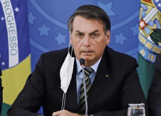 Aprovação a Bolsonaro cai para 24% e atinge pior marca do mandato | AFP