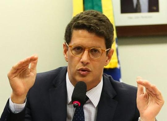 """Sales ironiza carta de artistas que pedem a Biden para não fechar acordo com Brasil: """"Pura política""""   José Cruz   Agência Brasil"""