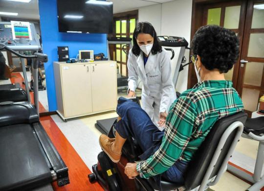 Sintomas de longa duração chamam a atenção de médicos e pesquisadores | Felipe Iruatã | Ag. A TARDE