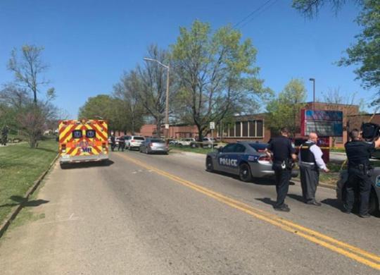 Tiroteio em escola no Tennessee termina com um morto e feridos | Divulgação | Polícia de Knoxville
