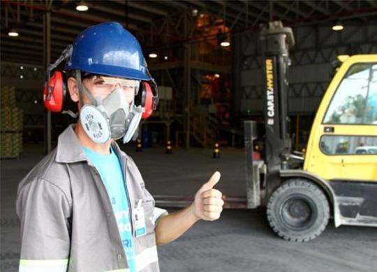 Bahia: ganho de emprego na RMS e no interior | Mateus Pereira | Gov-BA