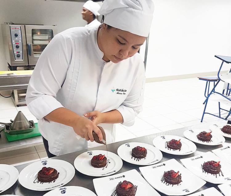 A atleta tem se dedicado também à gastronomia | Foto: Juliane Frondana | Divulgação