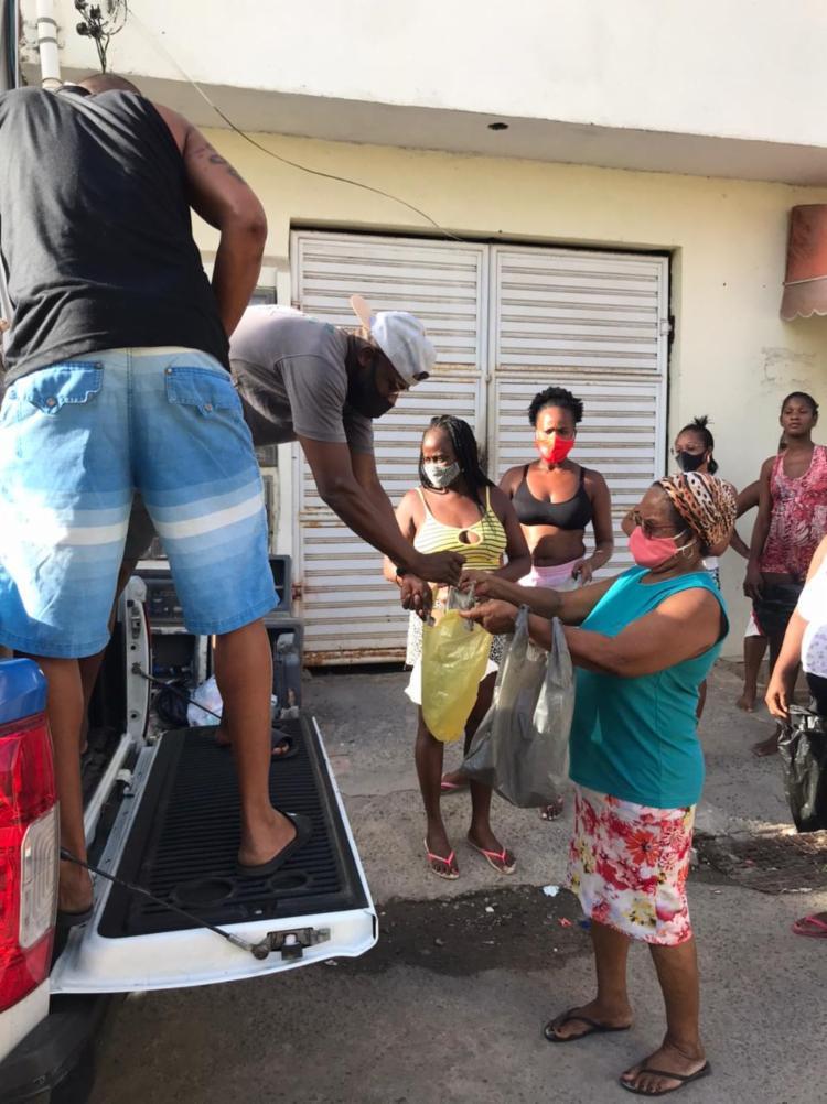 Ação beneficiou famílias carentes do bairro   Foto: Divulgação   SSP - Foto: Divulgação   SSP